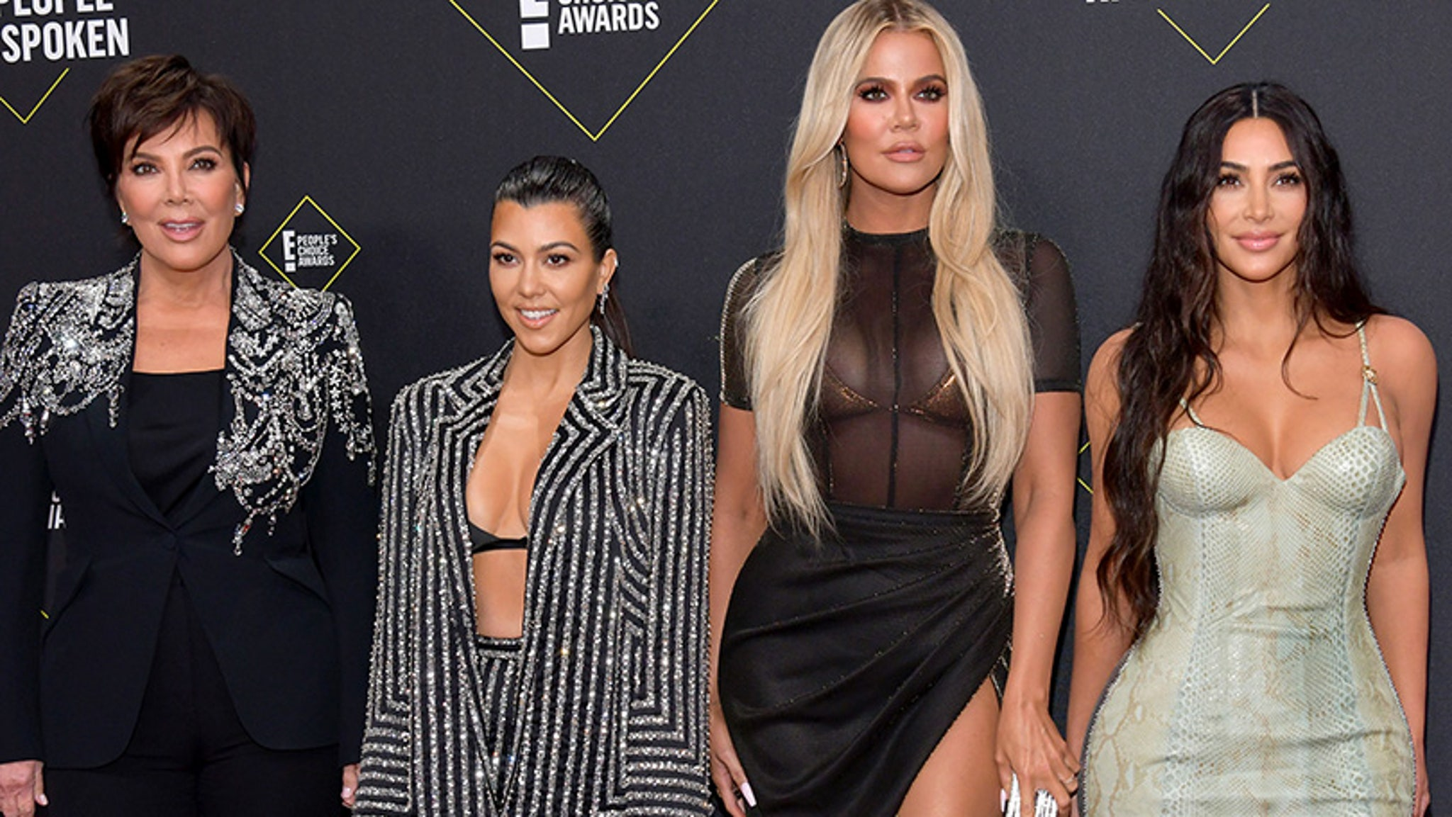 How the Kardashians reacted on social media at the end of the KUWTK series