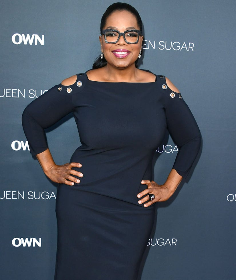 """Oprah Winfrey Flaunts Weight Loss In LBD: """"I Can Straddle Stedman w/o Breaking His Back!"""""""