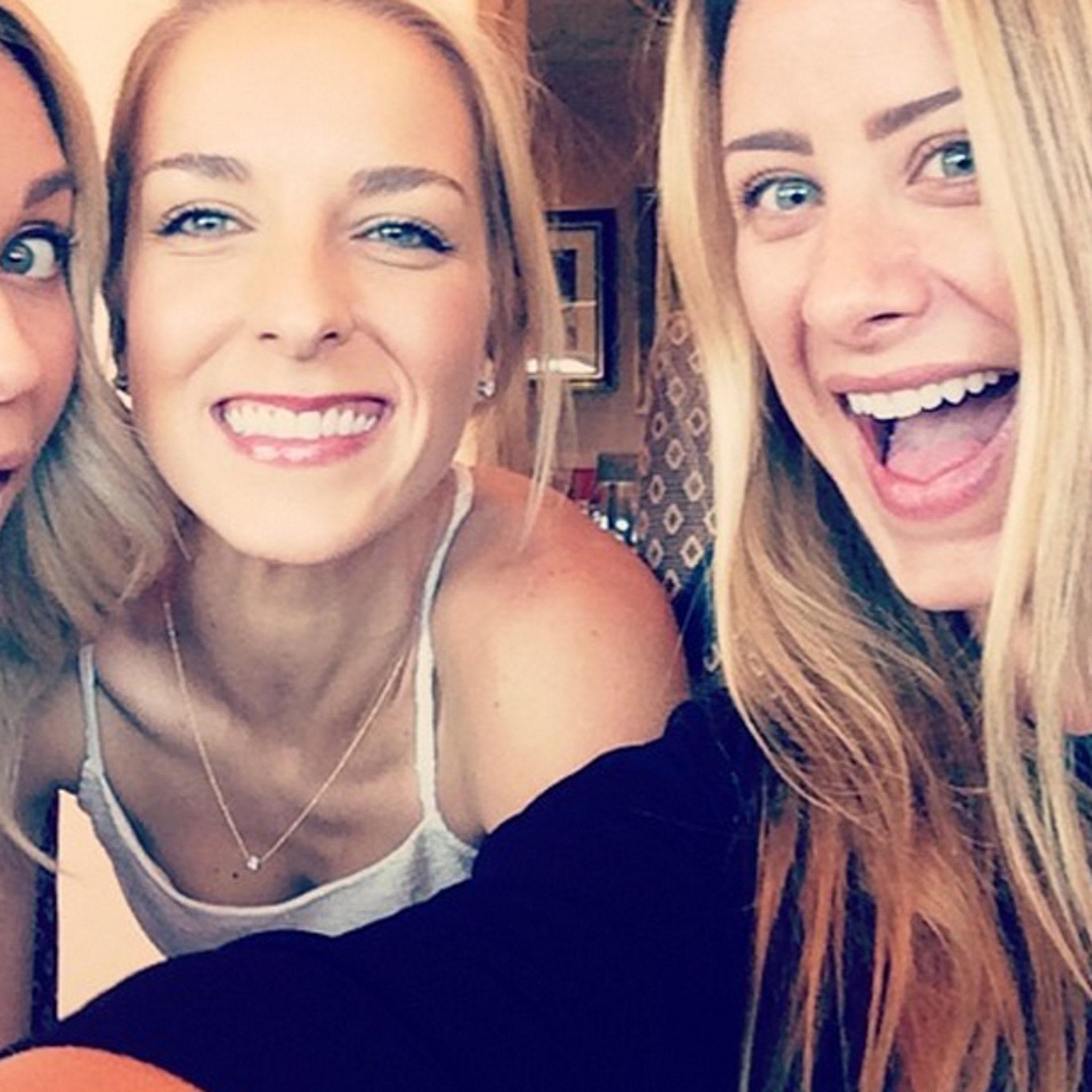 Lauren Conrad Reunites With Laguna Beach Pals At Friend S Wedding