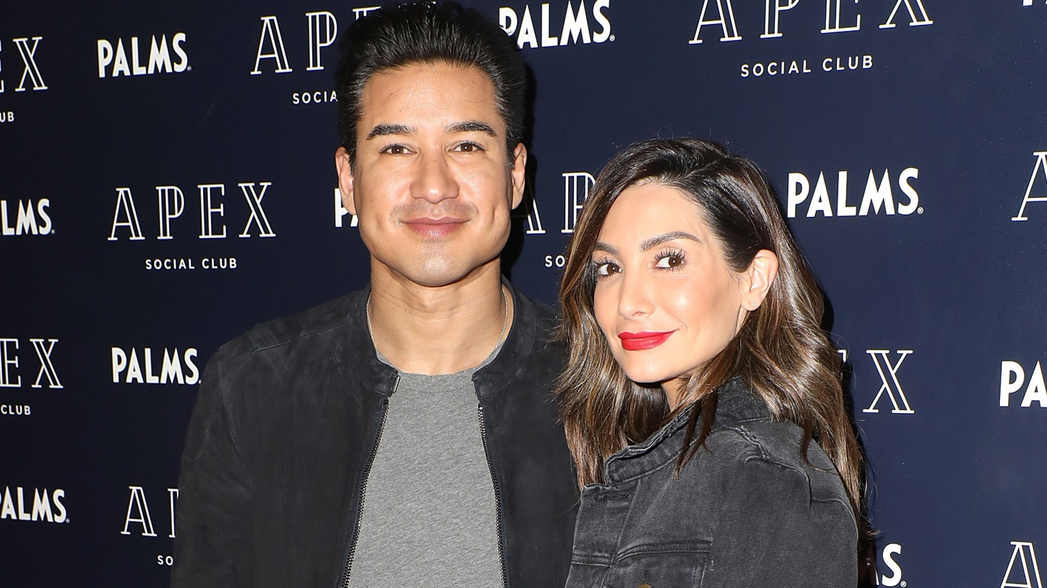 Mario Lopez 'Very Surprised' If Wife Doesn't Come Out of Quarantine Pregnant
