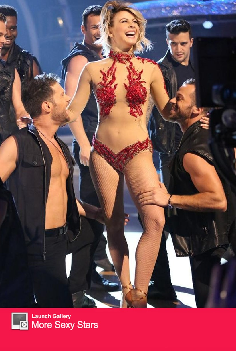 Julianne Hough Goes Nearly Nude With Bro Derek On Dwts