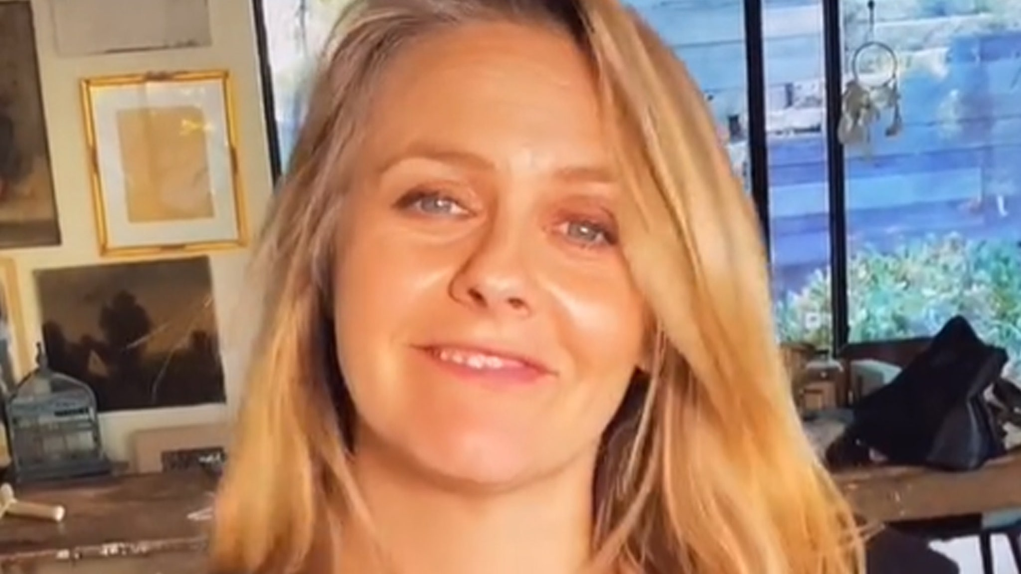 Alicia Silverstone reveals we mispronounced her name