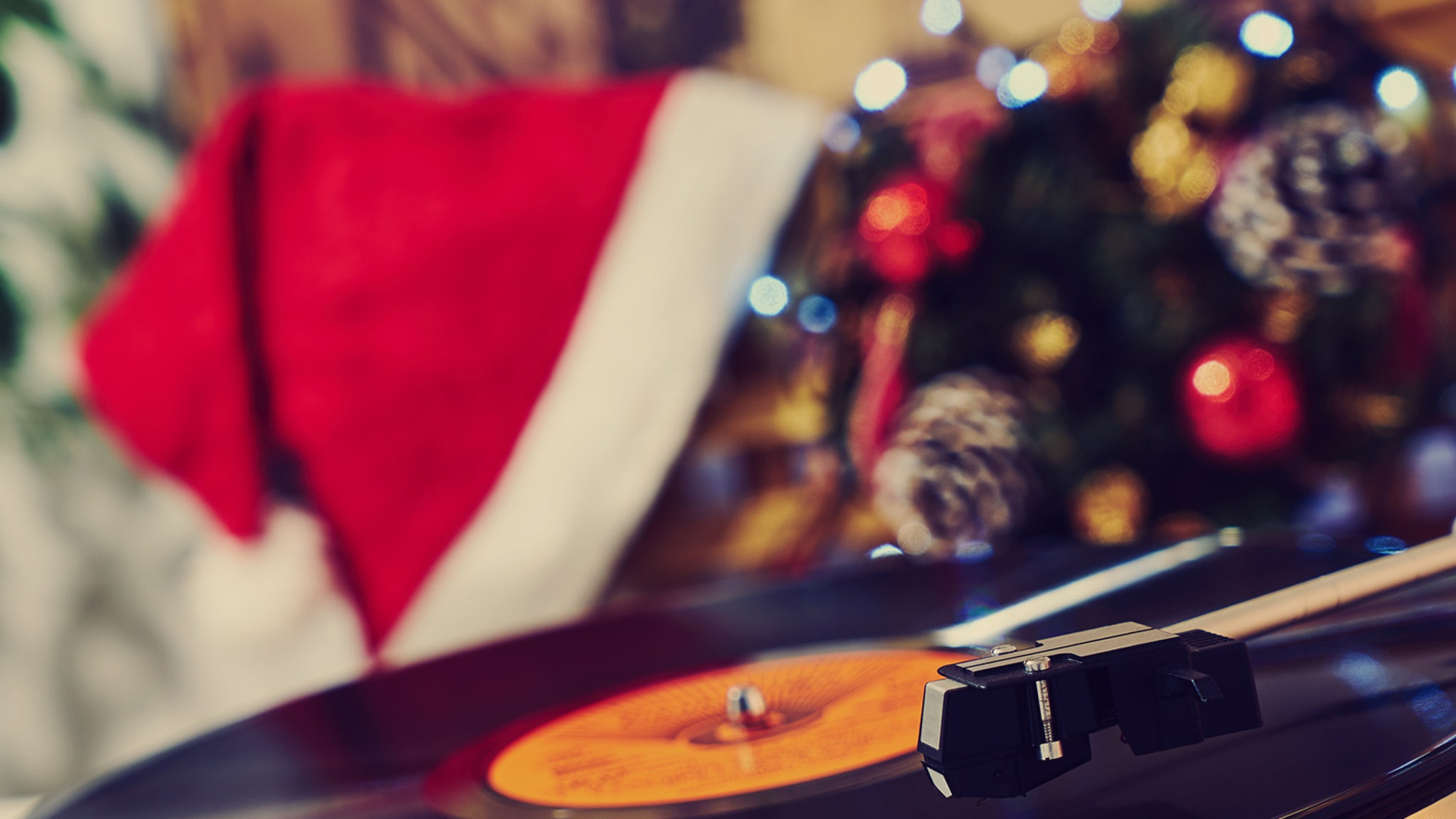 Top 10 Best Selling Christmas Albums Of All Time