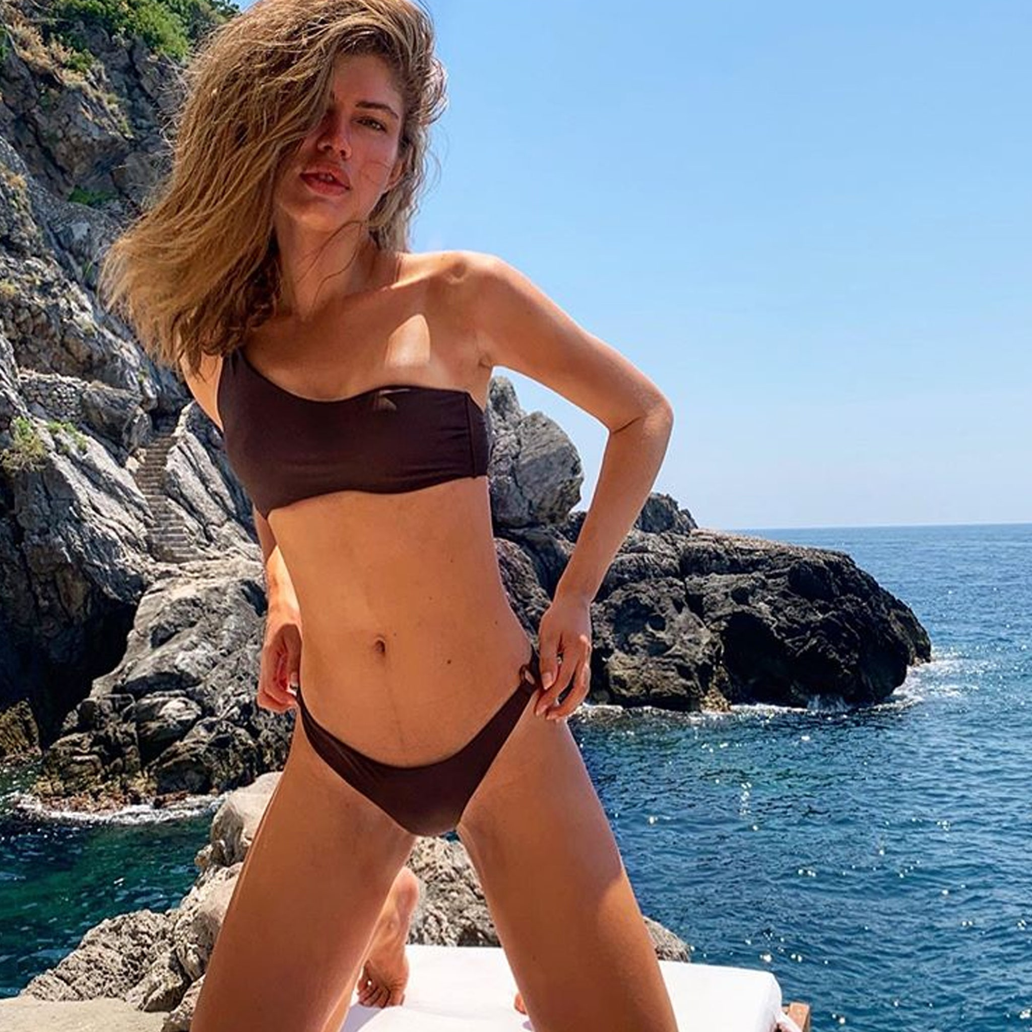 Valentina model