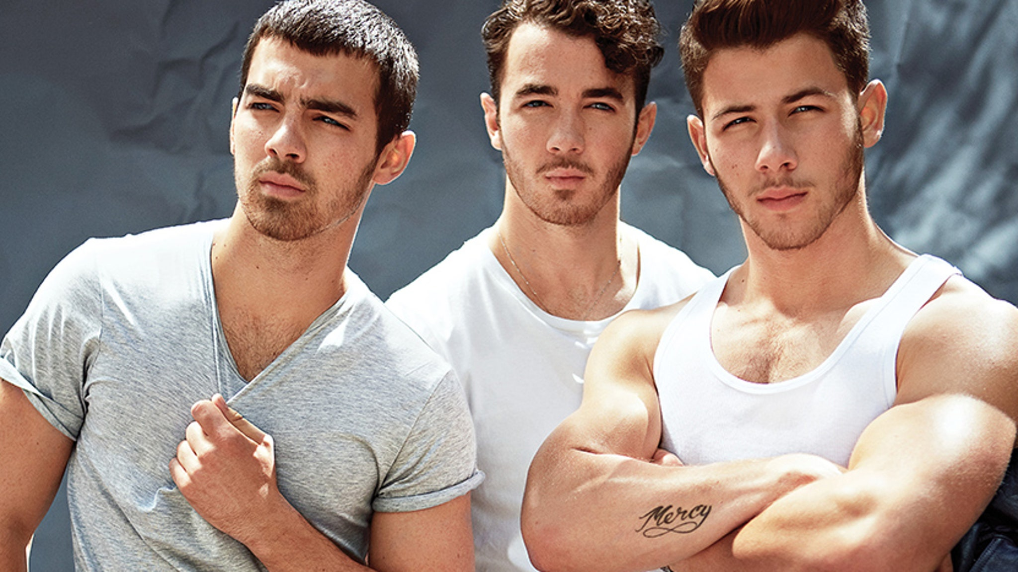 Jonas brothers go for pre