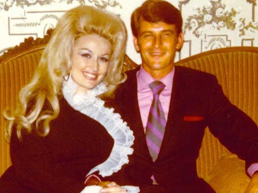 Dolly Parton Talks 54-Year-Marriage to Carl Thomas Dean