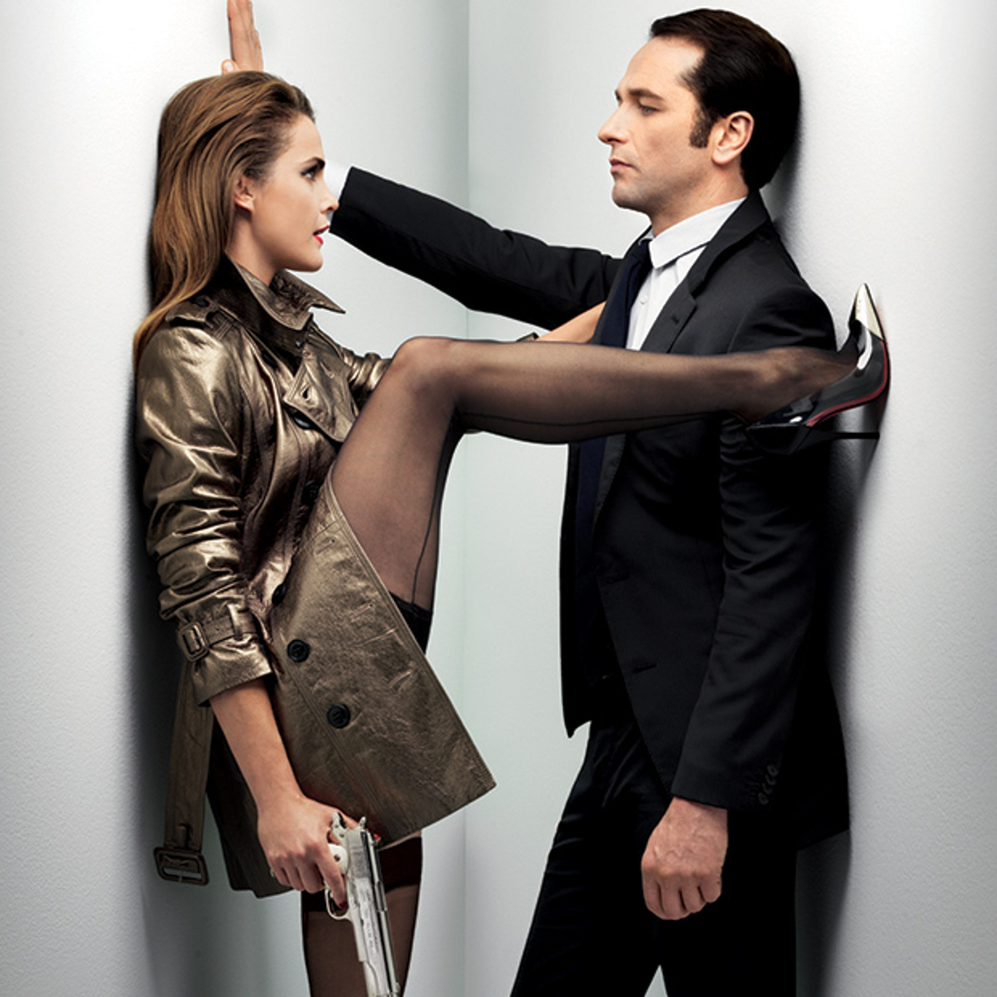 Keri Russell Straddles Matthew Rhys In Sexy Gq Spread