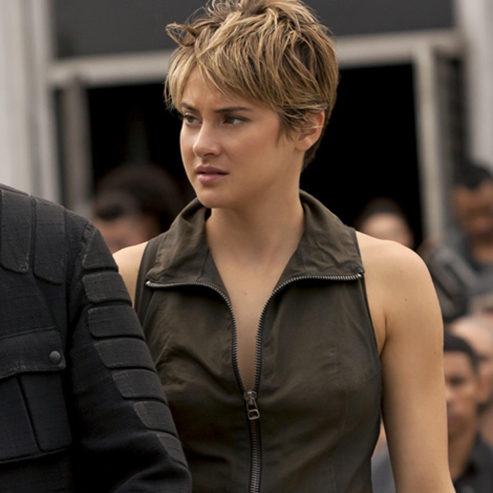 Insurgent Stars Talk Shailene Woodley S Badass Stunt Jai Courtney S Big Junk
